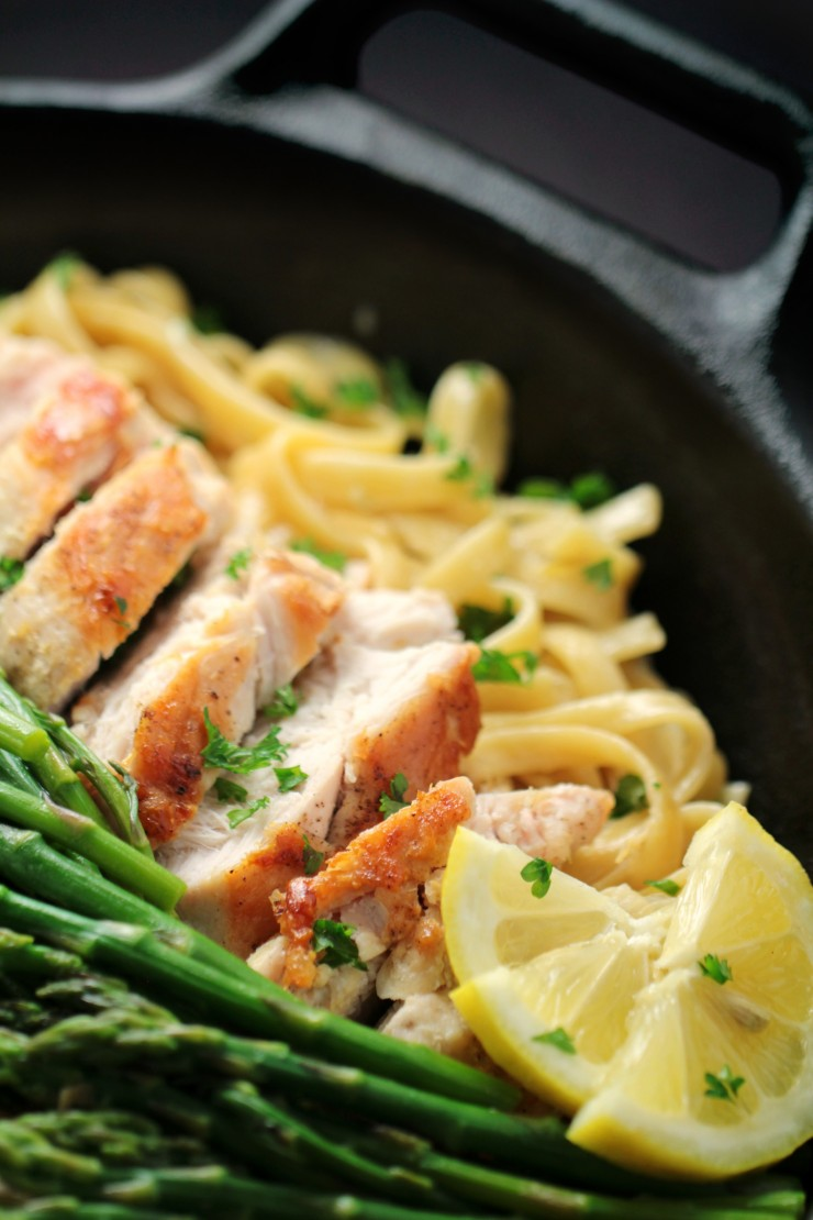 This recipe forLemon Chicken & Asparagus Pasta is an easy one-pot dinner that comes together in about 30 minutes from start to finish. Tender asparagus and a creamy lemon garlic sauce come together for a delightful family meal.