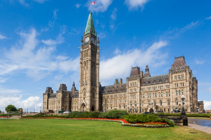 Located in Ontario, Ottawa is a great place to stop when travelling the Trans-Canada Highway. This city is sure to have something for everyone in the family, from fun sites and attractions to delicious restaurants.