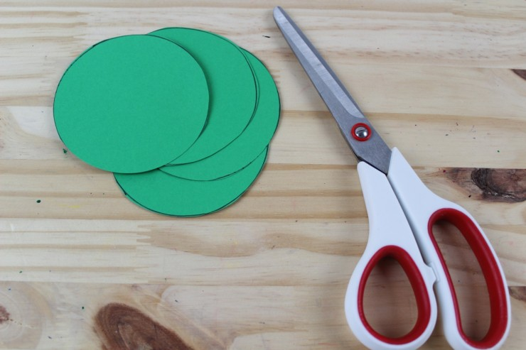 green cardstock circles to make the new bottoms.