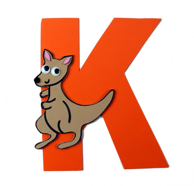 This week in my series of ABCs kids crafts featuring the Alphabet, we are doing a K is for Kangaroo craft. These Alphabet Crafts For Kids are a fun way to introduce your child to the alphabet.