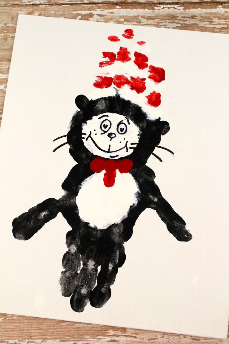 This The Cat in the Hat Handprint Canvas is a fun kids craft that ties in really well with The Cat in the Hat. It's a perfect craft for Dr. Seuss day which is coming up on the March 2nd!