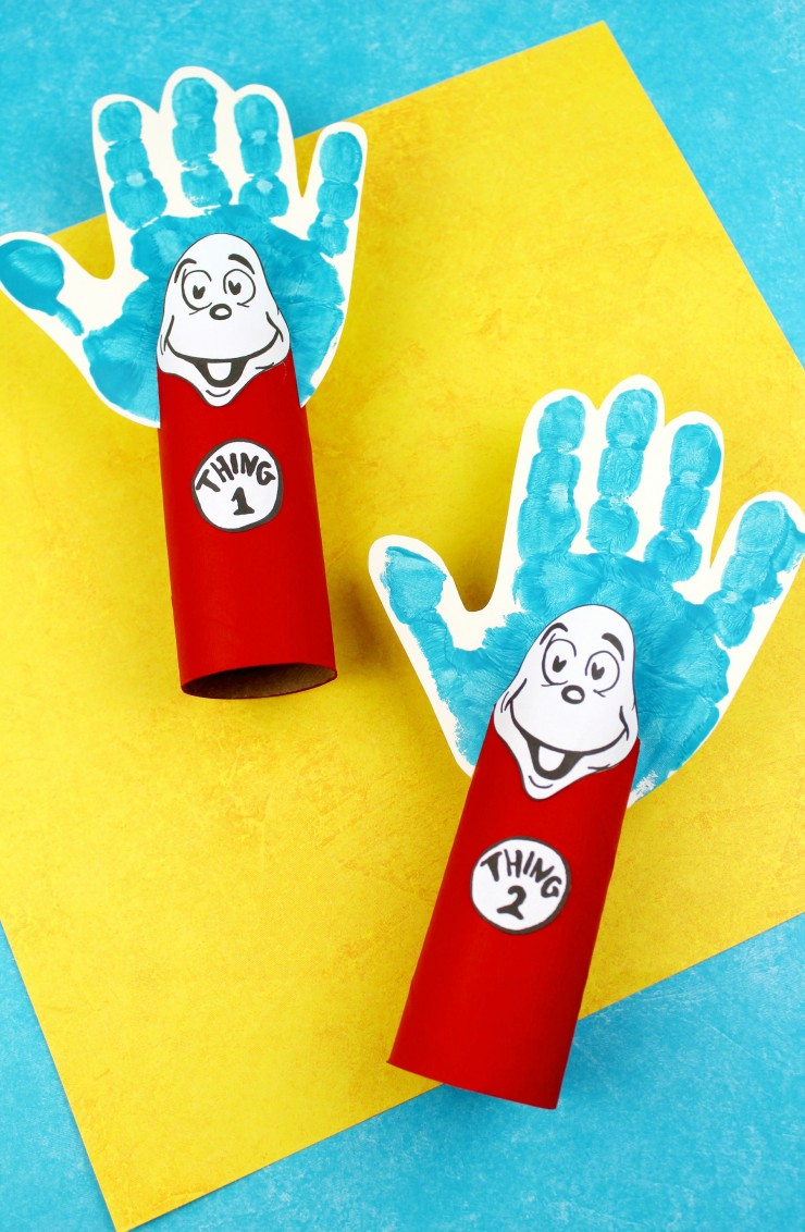 This Thing 1 and Thing 2 Toilet Paper Tube Craft is a fun kids craft that ties in really well with The Cat in the Hat. It's perfect craft for Dr. Seuss day which is coming up on the March 2nd!