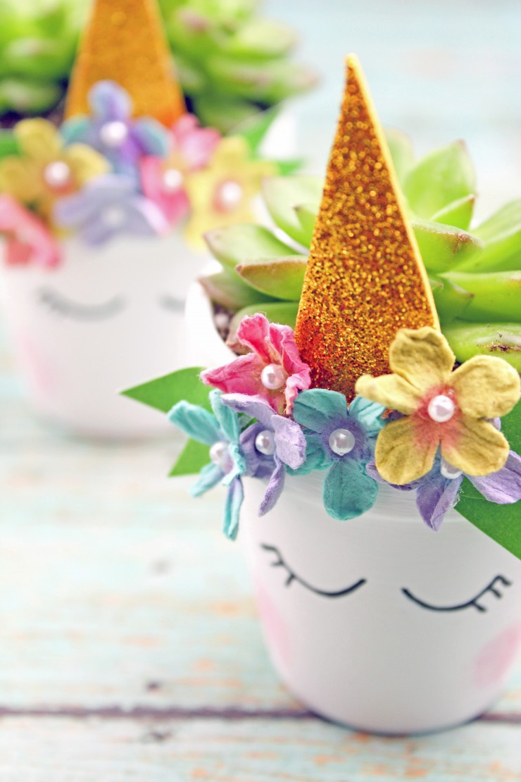 These Unicorn Succulent Planter make for a wonderful handmade gift for any unicorn lover. The succulents are easy to care for and look great in this adorable little planter!