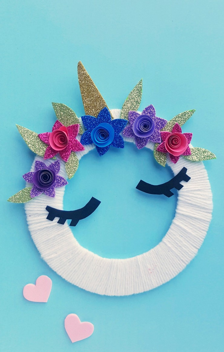 This adorable Unicorn Theme Craft for Kids is sure to be a hit - who doesn't love Unicorns? Little hands will love making their very own unicorn wreath!