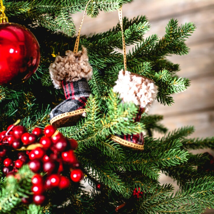6 Must-Know Christmas Tree Safety Tips