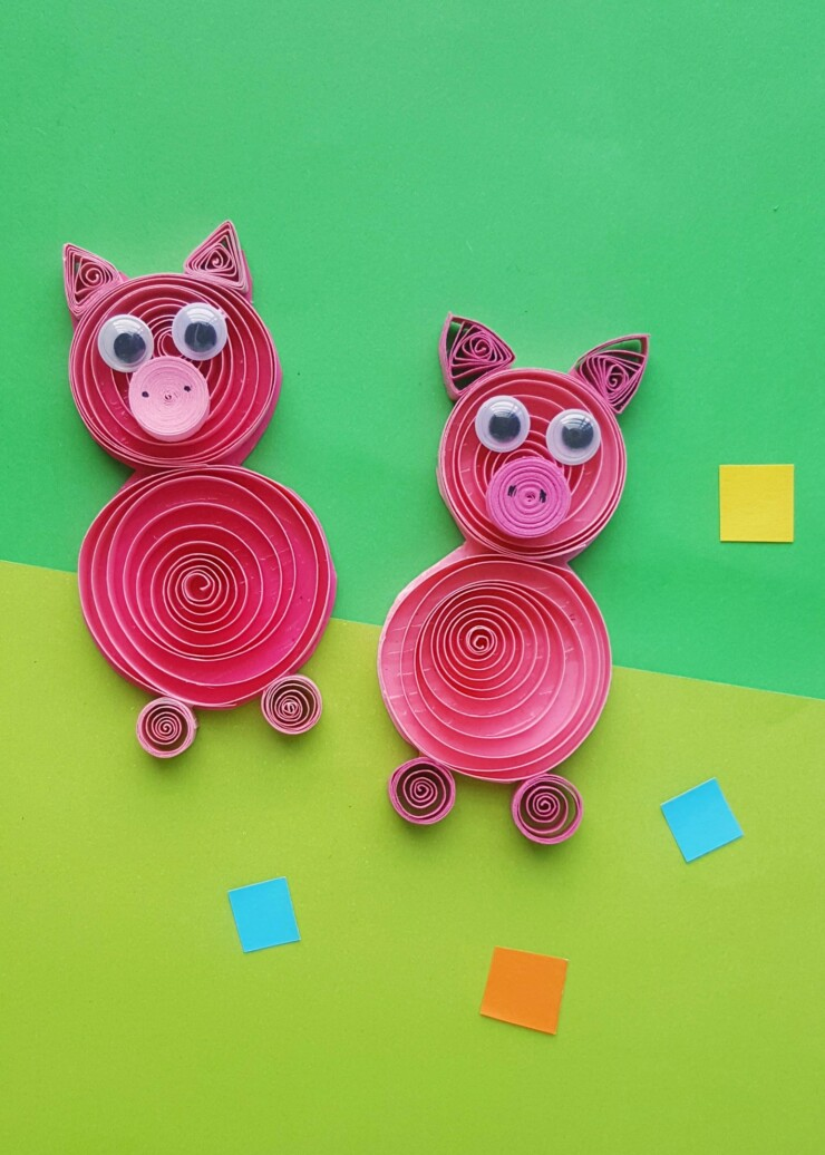 This Quilled Pig Craft for kids is a fun Paper Quilling Project that is appropriate for any skill level. Use the directions to jump start their imaginations and let them have fun quilling pigs. This quilled pig project would be great to accompany reading the Three Little Pigs!