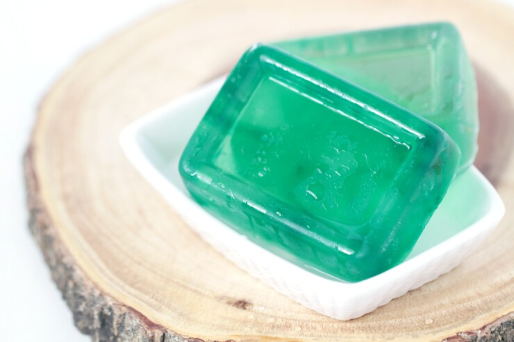 This Coconut Lime Glycerin Soap features a perfect blend of Coconut and Lime that screams of a refreshing tropical summer! Hints of coconut with the tart and tang scent of lime will whisk you away to paradise.