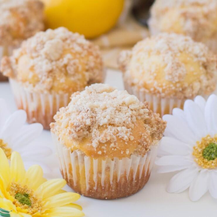 Lemon Crumble Muffins