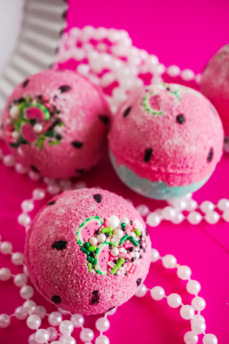 Pamper yourself with these bright, refreshing and juicy Watermelon Bath Bombs. Who doesn't love a slice of watermelon on a hot summer day? Drop one of these in your bath and just take in those summer vibes.