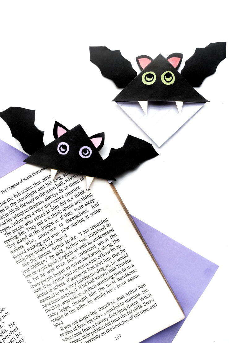 What could be more perfect for a spooky book than these easy to make origami bat corner bookmarks? Make bat bookmarks just like these for your own favourite Halloween book.