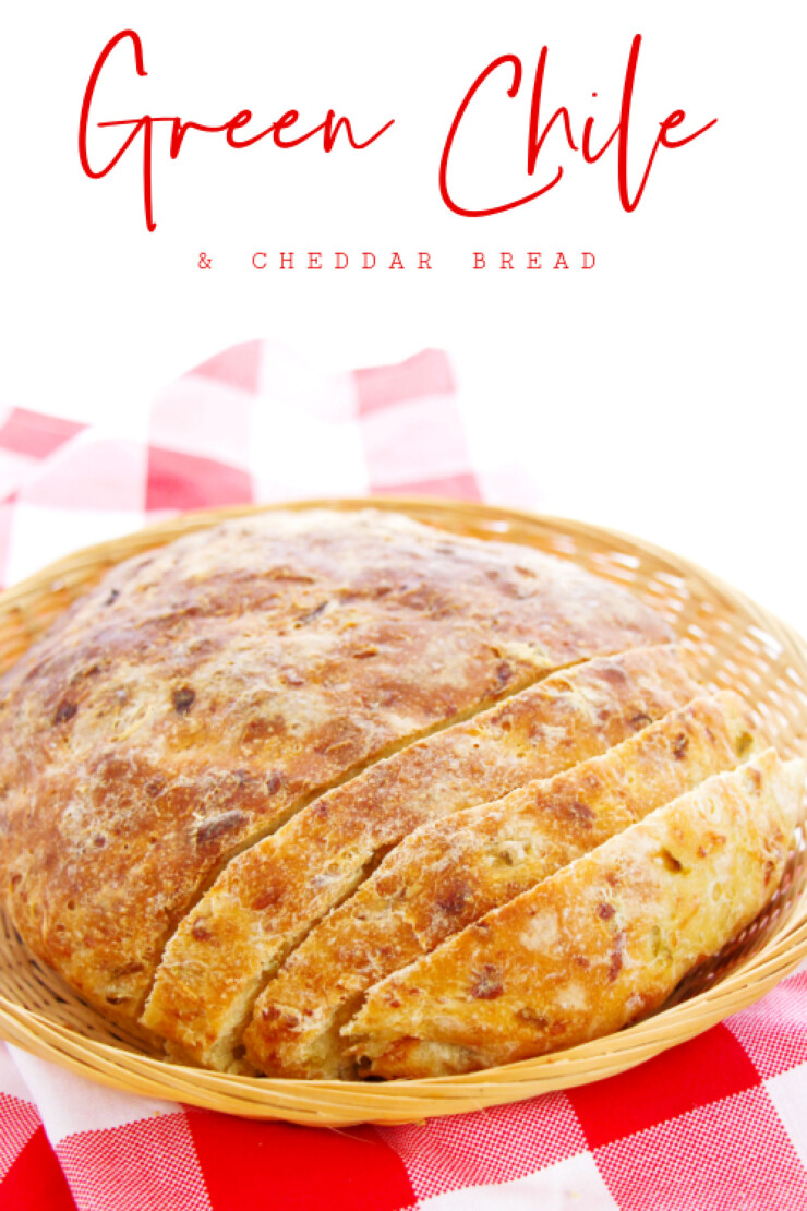 This easy no-knead Green Chile & Cheddar Bread is made with only 5 simple ingredients that results in amazing flavour and texture.