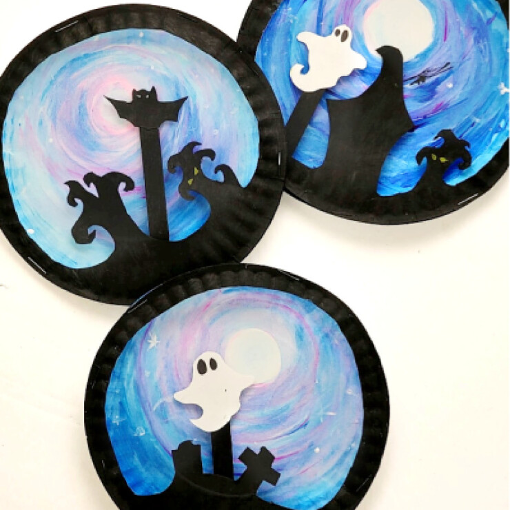 Paper Plate Halloween Scene Puppets