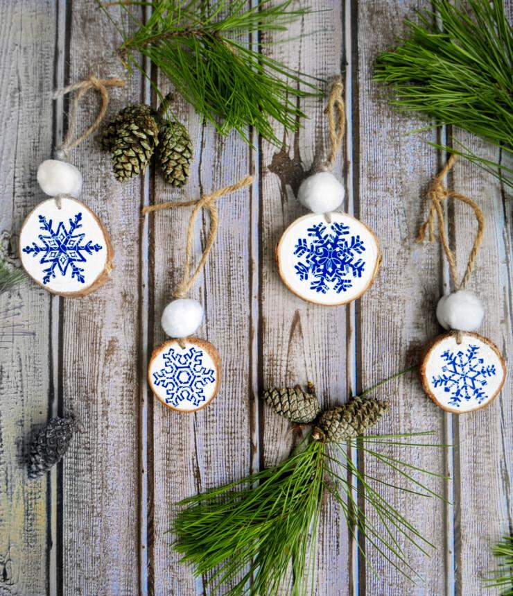 Cricut Snowflake Ornaments