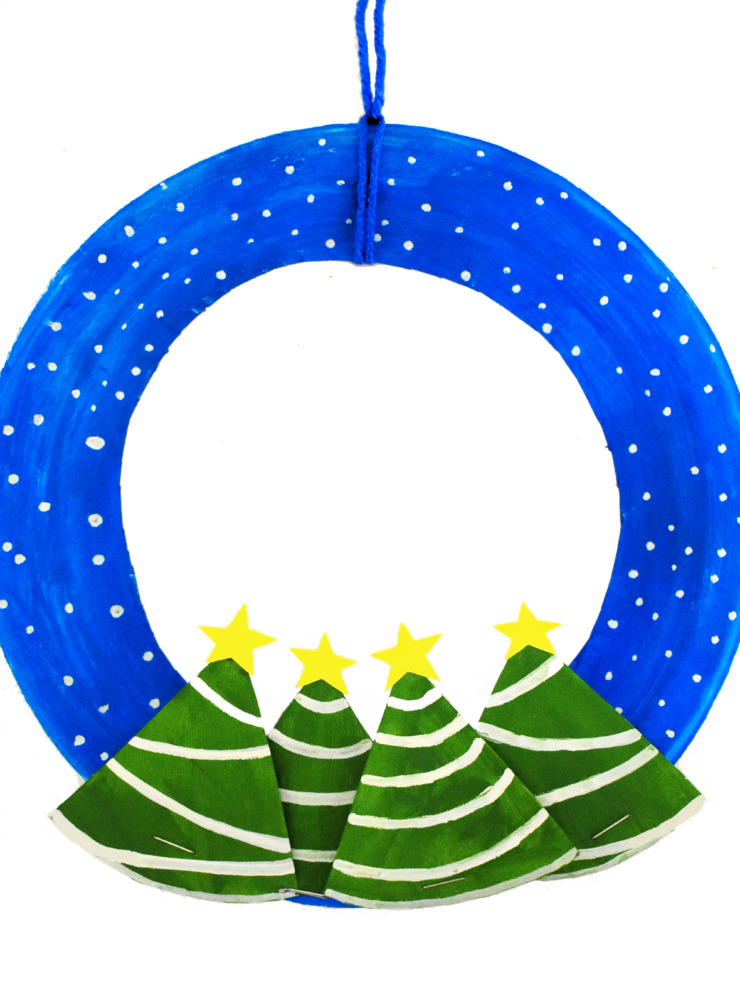 Get your kids into the holiday spirit with this festive Winter Wonderland Paper Plate Wreath craft. With just a paper plate, a little paint and basic craft supplies you can make your own Christmas wreath.