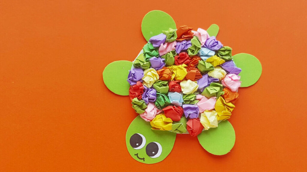 Slow down with this crumpled paper turtle craft for kids. It's a simple but fun kids craft that makes use of only basic craft supplies.