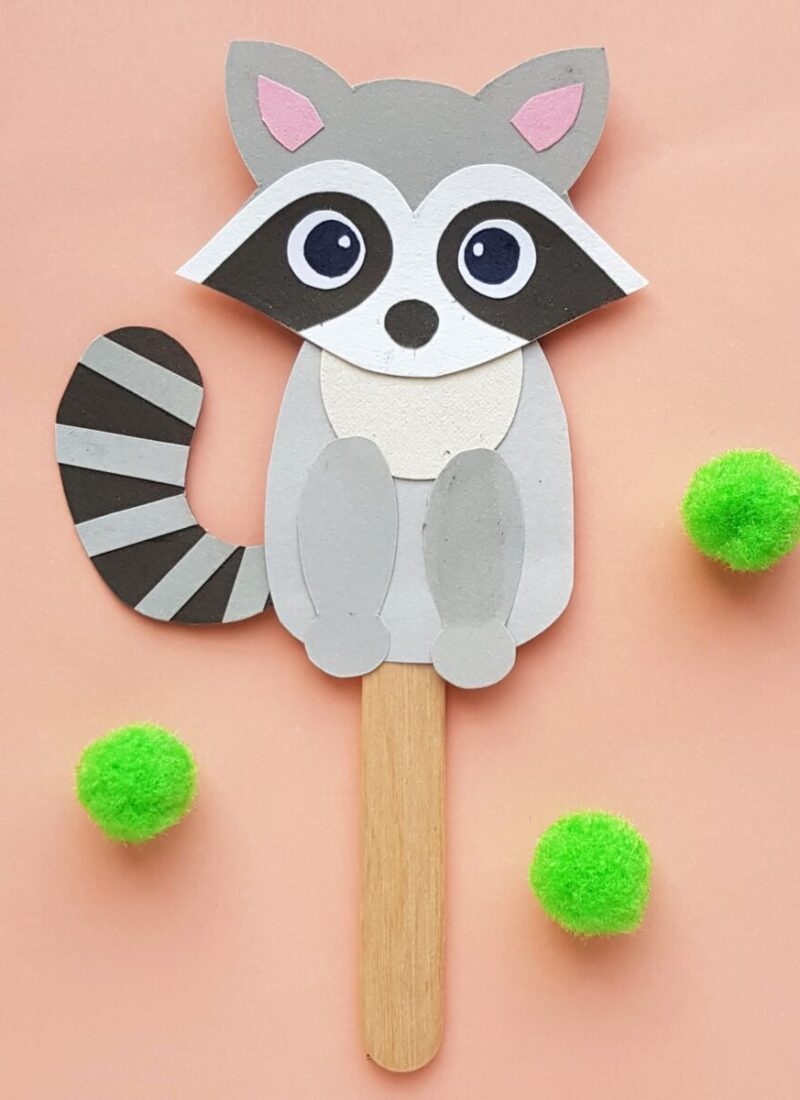 Papercraft Raccoon Puppet