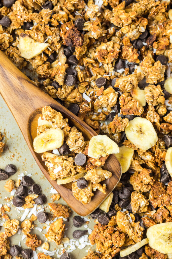 Chunky Monkey Granola is made with banana, chocolate and peanut butter for a delicious and easy homemade granola!