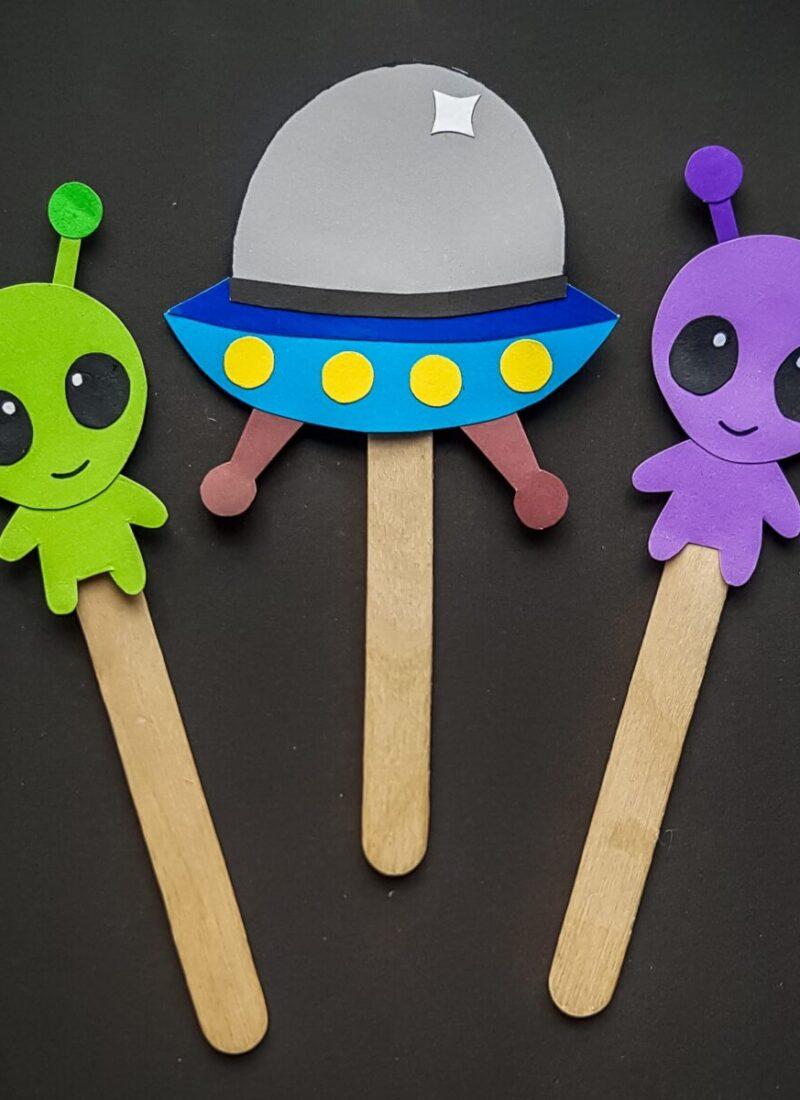 Alien Craft Stick Puppets