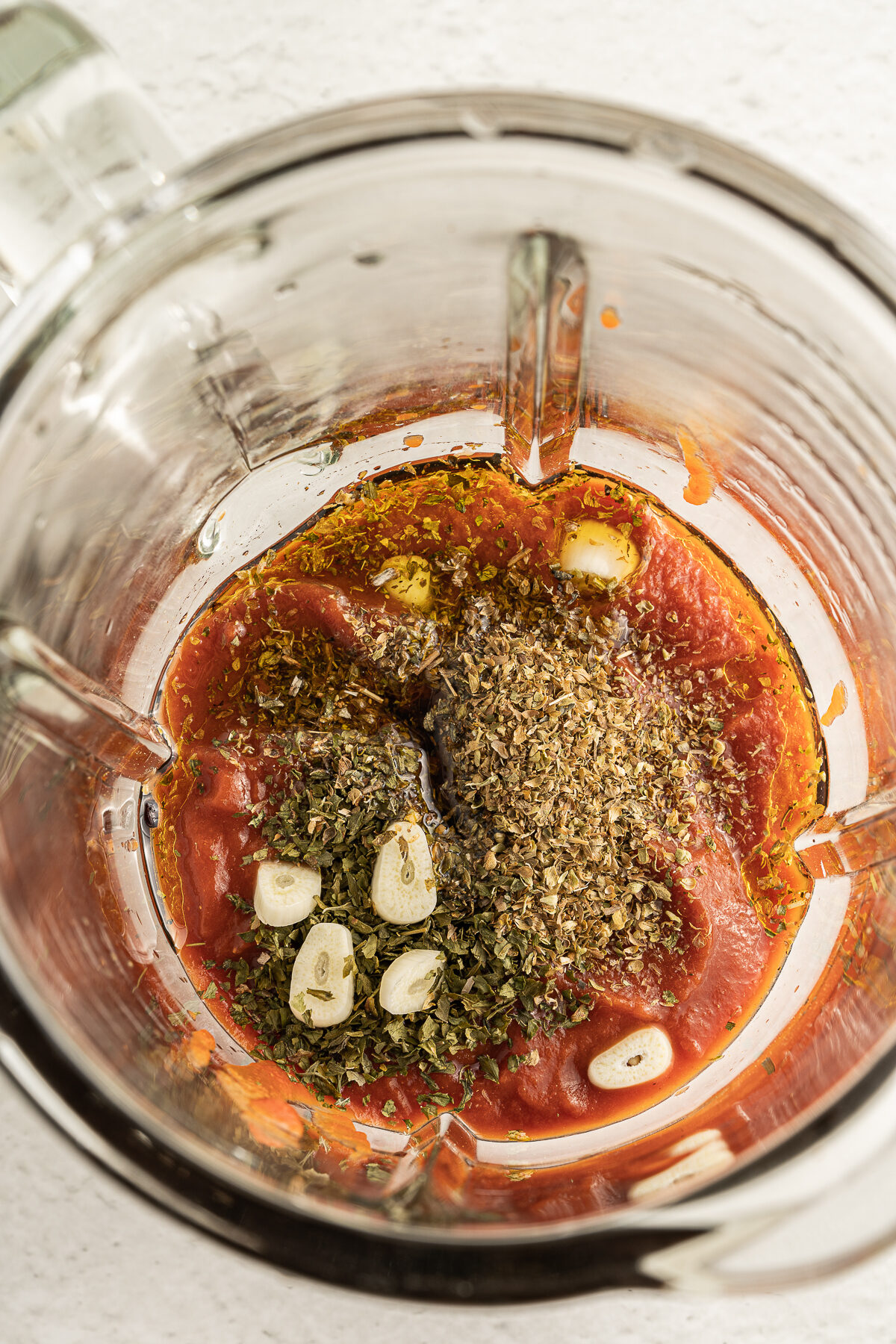 Blending the tomatoe sauce