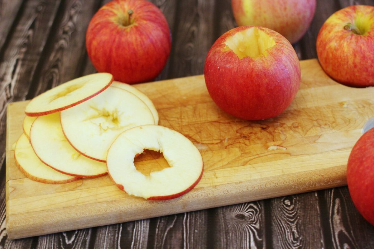 cored apple slices