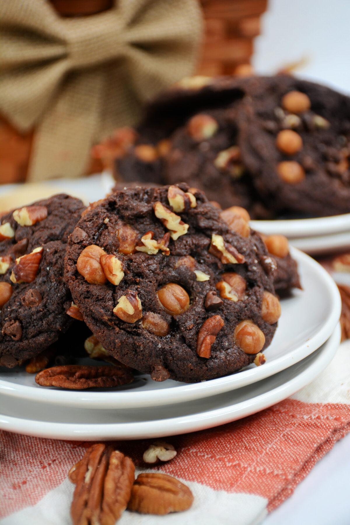 This recipe for chocolate turtle cookies is full of chocolate, caramel and pecan goodness! Easy to make and fun to eat cookie recipe.
